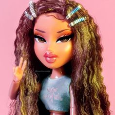 288 images about bratz on We Heart It Bratz Doll Makeup, Bratz Doll Outfits, Cute Profile Pictures, Cartoon Profile Pictures, Bad Girl Aesthetic, Pink Aesthetic, Aesthetic Shoes, Aesthetic Grunge, Aesthetic Vintage
