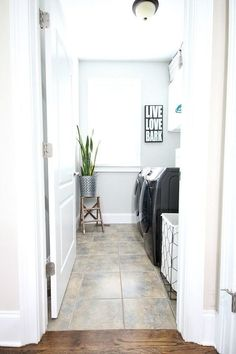 7 Day Laundry Room Makeover {Plans} Before and After at Refresh Restyle