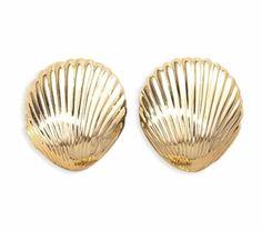 sea shell earrings.