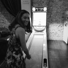 Post Bonnie Raitt skee-ball game before doughnuts. #afterparty #skeeball