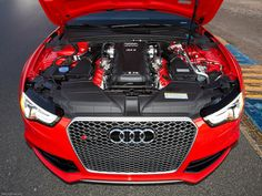 Rs5 Coupe, Red Engine, Womens Sports Fashion, Audi Rs5, Sport Photography, Nike Shoes Outlet, Elite Socks, Goodie Bags, Hot Cars