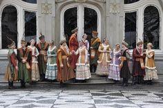 Grupo folclórico polonês Wisla em frente ao Paço da Liberdade. Curitiba, Paraná.