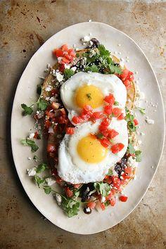 Huevos Rancheros - one of the best easiest brunch recipes. Egg Recipes, Brunch Recipes, Mexican Food Recipes, Breakfast Recipes, Vegetarian Recipes, Cooking Recipes, Healthy Recipes, Ethnic Recipes, Healthy Breakfasts