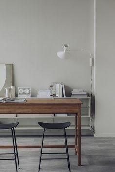 An Inspiring New Home for Oslo Design Store Houz Home Office, Beautiful Sofas, Decoration Inspiration, Interior Inspiration, Small Shelves, High Quality Furniture, Shop Interiors, Interior Accessories, Lamp Design