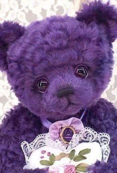 Purple teddy bear- that face on this bear is so sweet. Purple Love, All Things Purple, Purple Lilac, Shades Of Purple, Deep Purple, Purple Stuff, Purple Teddy Bear, Purple Reign, Little Doll