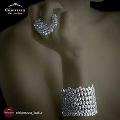repost from @chiarezza_baku #chiarezza #italy #jewellery #luxury #baku #uniquegroup #whitediamond #diamond #brand #ring #rings #newcollection #azerbaijan #fashion #luxe #rich #style #gems #jewels #bracelet #bigdiamonds#instarepost20