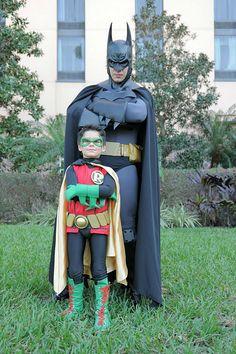 Damian Wayne cosplay