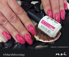 A great shot of our beautiful pink shimmery Mermaid Kisses color created by @nailsystems .