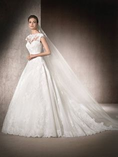 Princess wedding dress Maimara