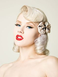 Beautiful platinum blonde pinup style