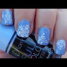 NAIL ART ARBOL NAVIDEÑO http://nailenkha.blogspot.com.es/2016/12/nail-art-arbol-navideno.html #bornprettystore #flormar #stamping #nails #notd #manicure #nailart #polish #nailspolish #nailideas #manicura #esmalte #uñas #unhas