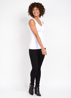 Each season we offer fashionable colors & prints. FIT: Full-length legging features the unique LysséFit, hidden hi-waist and soft stretch lining, for the right amount of control and tailored fit. Flattering seam detail runs the full length of leg. FABRIC: Crafted in ponte fabric, a custom blended fabric that offers a soft hand, extreme comfort and holds its shape with no bagging or sagging. Machine wash, line dry. FASHION: Stylish compliment to your favorite boot or shoe.