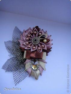 Ribbon Art, Ribbon Crafts, Flower Crafts, Ribbon Bows, Ribbons, Bow Jewelry, Fabric Jewelry, Fabric Flowers, Paper Flowers