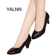 cd00caf799e0 YALNN Women Med Heel Fashion Pumps Black white Soft Leather Pointed Toe  Leather Shoes Women