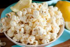 o - Cooking Classy: Irresistible White Chocolate Lemon Popcorn Lemon Popcorn Recipe, Flavored Popcorn, Popcorn Recipes, Snack Recipes, Snacks, Chocolate Popcorn, White Chocolate, Delicious Desserts, Yummy Food