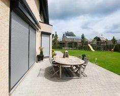 Voorzetrolluiken | Harol - zonwering-garagepoorten-rolluiken // verkrijgbaar bij Van Esseveld Geveltechniek