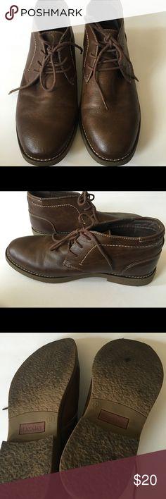 Men's Dexter Boots Great pair of men's boots. These were worn a few times. Upper is man made materials. Dexter Comfort Shoes Chukka Boots