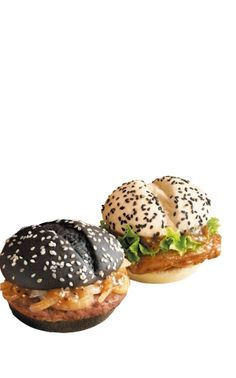"McDonald's new Black and White burger (available in China)   麦当劳 "" 黑白两道通吃 """