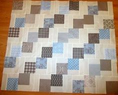 """Falling Charms"" quilt--Missouri Star Quilt Co."