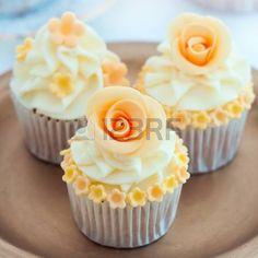 Wedding cupcakes photo