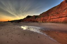 Red Cliffs, Exmouth (UK) Visit Devon, Devon Uk, Devon And Cornwall, Jurassic Coast, Seaside Towns, Exeter, The Real World, Amazing Places, Beautiful Beaches