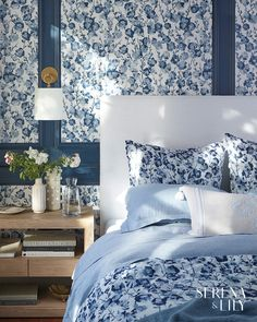 home luxury design bathroom luxury design luxury design design logo design brand design porter luxury design handmade italy apartment luxury design Floral Bedroom, Blue Bedroom, Floral Bedding, Pretty Bedroom, Blue Floral Wallpaper, Home Luxury, Romantic Bedroom Decor, Bedroom Ideas, Driven By Decor