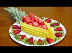 Como CORTAR FRUTA CORRETAMENTE -  Arte com Fruta e Legumes - J. Pereira Art Carving - YouTube