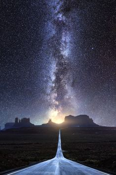 Milky Way to Monument Valley . starry Route 163 view towards Monument Valley, Arizona -- by Mads Peter Iversen on Monument Valley, Photo Ciel, Landscape Photography, Nature Photography, Ciel Nocturne, Image Nature, Nature Nature, Stargazing, Amazing Nature