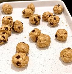 Chocolate Chip Coconut Cookie Protein Balls (soy, dairy & gluten-free) — Awakened Nutrition & Training Coconut Chocolate Chip Cookies, Gluten Free Chocolate, Healthy Protein Snacks, Healthy Recipes, Tone It Up Protein, Coconut Protein, Protein Cookies, Gluten Free Snacks, Protein Ball