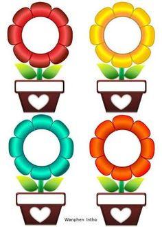 Preschool Flowers Class Name Badges - Preschool Children Akctivitiys Classroom Labels, Classroom Bulletin Boards, Classroom Displays, Classroom Decor, Class Decoration, School Decorations, School Frame, Art School, Boarders And Frames