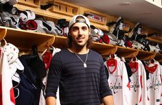 Mathieu Perreault-love him! Frozen Four, Capitals Hockey, Washington Capitals, Hockey Teams, Hockey Players, Hot Boys, My Man, Athletes, How To Look Better