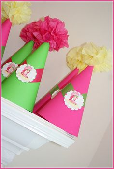 Sombreritos de fiesta de Rosita Fresita