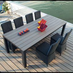 Tavolo grigio da giardino in materiale composito simil legno e alluminio L 230…