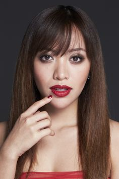 Michelle Phan created the perfect date look for Valentine's day #emcosmetics