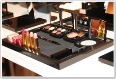 Chanel makeup Definition: perfect http://www.makeupmacosmetics.com/chanel-makeup-wholesale-c-50.html