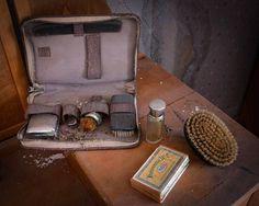Tavaroita Värmlannissa sijaitsevasta talosta. > photo: Britt M./REX