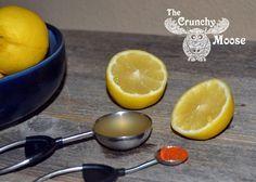 Easy morning detox with lemons, apple cider vinegar, and cayenne pepper. Reduce bloating, more energy, clear skin! Thecrunchymoose.com