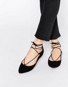 New Look – Flache Ballerinas mit Schnürverschluss