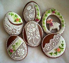 . Honey Cookies, No Egg Cookies, Galletas Cookies, Easter Cookies, Chocolate Cookies, Sugar Cookies, Lace Cookies, Easter Arts And Crafts, Cookie Frosting
