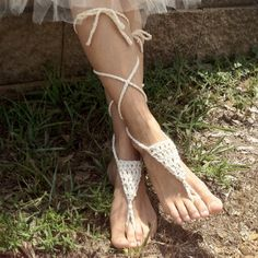 You can make this pair of cute bohemian barefoot sandals in less than an hour! Can ya dig it?? I whipped these up for my niece to wear after her wedding was over, during the reception, since the ev…