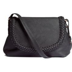 H&M Small shoulder bag (€20) ❤ liked on Polyvore featuring bags, handbags, shoulder bags, black, black purse, flap purse, black shoulder bag, h&m purses and flap handbags