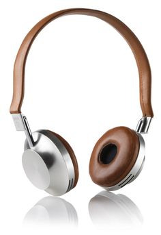 French Designed Aedle VK-1 Headphones Up TheAnte