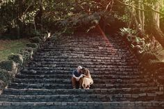 I'm insane about the light in this engagement session we shot! | Photos by Frankie e Marília