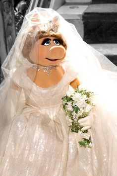 Miss Piggy Has Her Vivienne Westwood Gown All Picked Out. She looks beautiful!