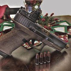 #Reposting @207shooter TIS THE SEASON! -- #trijiconrmr #dueckdefense #s3fsolutions  #207shooters #rangeday #arpistol #556 #223 #gunrights #guns #merica #america #AR15 #suppressor #nfa #taxstamp #surefire #2A #shallnotbeinfringed #usa #glock #g19 # # #shootsteel #blackriflesmatter #ghostgun #mk18 #murica  @trijicon  @dueckdefense  @s3fsolutions  @hornady_mfg  @stippgrips  @clipdraw