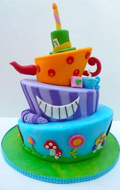 Alice in Wonderland Cake .