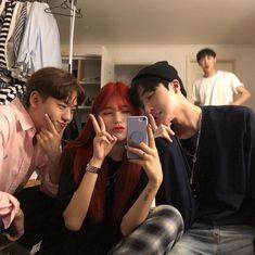Nana, Yeon, Jaehyun and Jeno Korean Best Friends, Boy And Girl Best Friends, Cute Friends, Cute Korean, Korean Girl, Ullzang Girls, Boys, Boy And Girl Friendship, Boy Squad