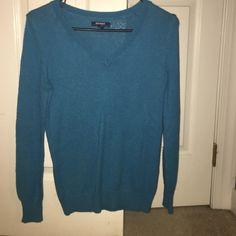 Old Navy Blue Sweater Old Navy Blue Sweater size Small Old Navy Sweaters V-Necks