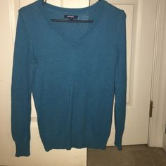 Old Navy Blue Sweater Old Navy Blue Sweater size Small Old Navy Sweaters V-Necks