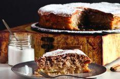 Και το ωραίο γλυκό της Κυριακής: Sharlotka - η ρωσική μηλόπιτα από τον Στέλιο Παρλιάρο   eirinika.gr Tiramisu Cheesecake, Greek Desserts, Zucchini Bread, Appetisers, Carrot Cake, Food Processor Recipes, Carrots, French Toast, Lemon